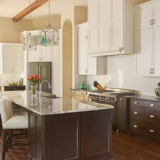 Holzbauer Transitional Style Kitchen