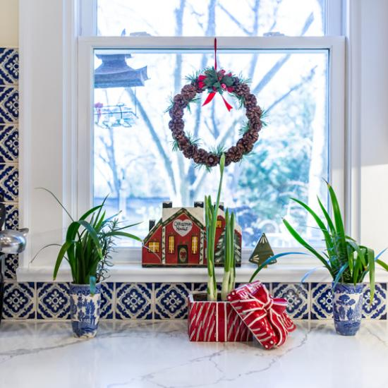 holiday kitchen decorating